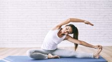 MANAGE STRESS WITH EXERCISE