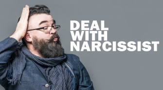 TIPS-TO-DEAL-WITH-A-NARCISSIST